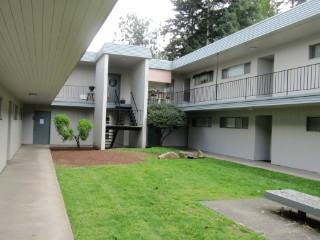 Marysville Apartmentsfiesta Manor 7111 47th Ave Ne Marysville Wa